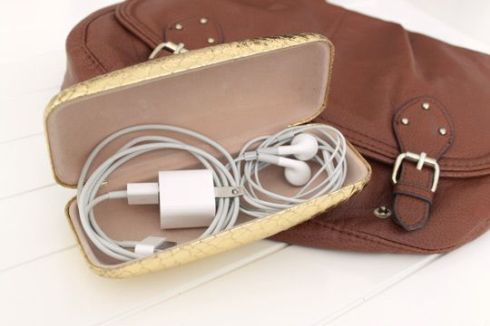 Organizing - Cords in Purse